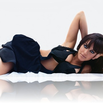 Michelle Ryan Desktop Wallpapers 1024x768