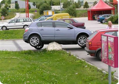 a96740_a483_stupid-car-parking122