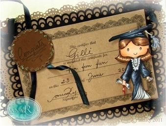 Gilli Graduate_CongratsGrad cu