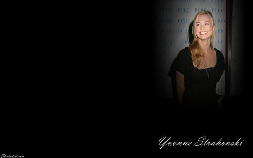 Yvonne-Wallpaper-yvonne-strahovski-722891_1280_800