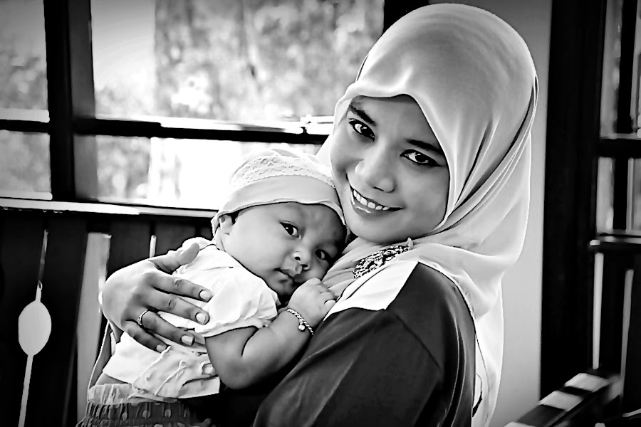 My Baby Love by Ibrahim Samsudin - People Family ( indulgent, lenity, cute, enamouresd )