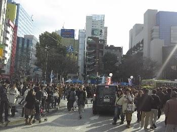 赴日留学生:东京震感强烈 街头民众没恐慌