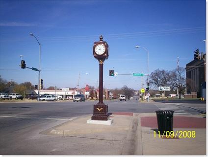 Independence, KS street clock