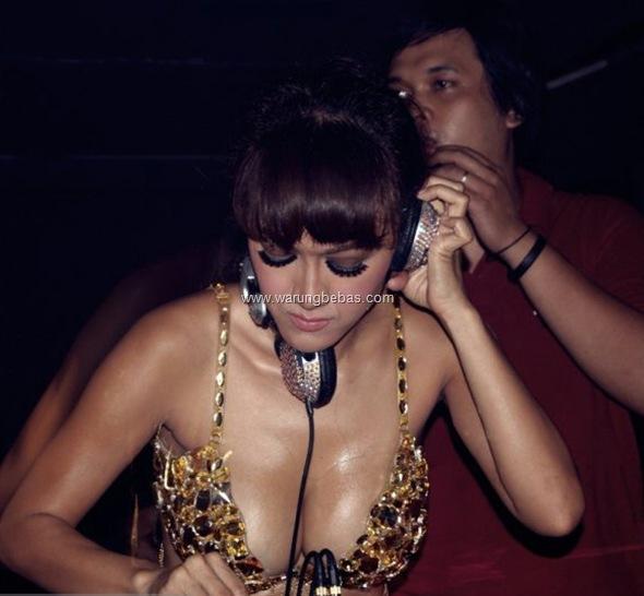 Julia Perez Bugil 3