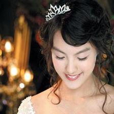 2009-fashion-wedding-hairstyles-5
