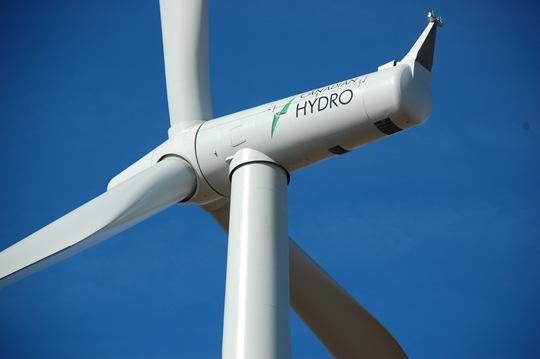 WolfeIsland-WindTurbine