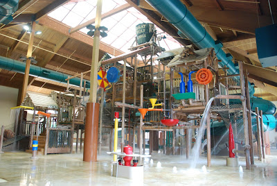 Great Wolf Lodge - tipping bucket