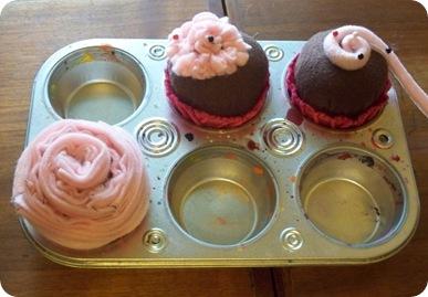 felt cupcakes test1
