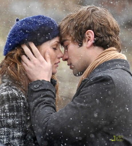 A bit of me Chace-crawford-kissing-leighton-meester-04
