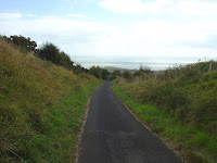 Cycle Route descending Creteway Down