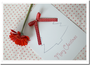 card-christmas-tree-with-ribbon