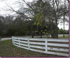 rounded-corner-fence