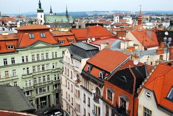 Вид на Брно с башни Старой ратуши.JPG