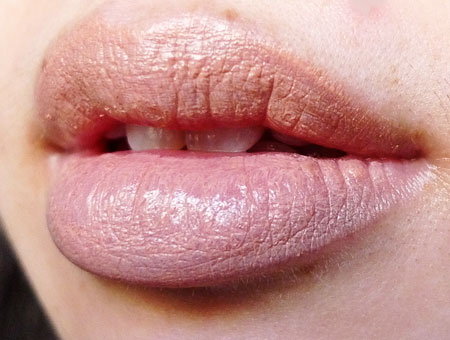 #70 Soft nude is a very pale shade, a nude perfect for fair skin beauties.