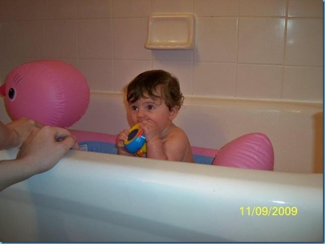 11.09 ducky tub