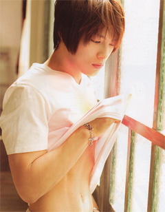 Jaejoong in An-An magazine [scans courtesy of www.dnbn.pe.kr]
