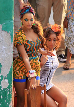 Alicia Keys & Beyoncé on the set of 'Put it in a love song' | Music video