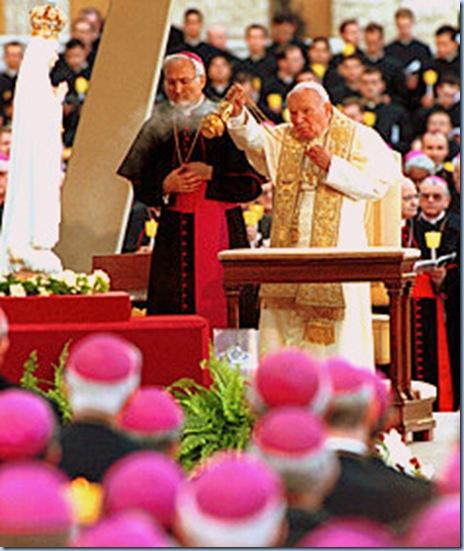 La Bella María de Fátima y S,S Juan Pablo II