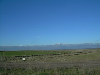 sierra de Gredos desde la carretera de Extremadura