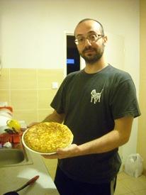 Cocinando tortilla de patatas en Bratislava