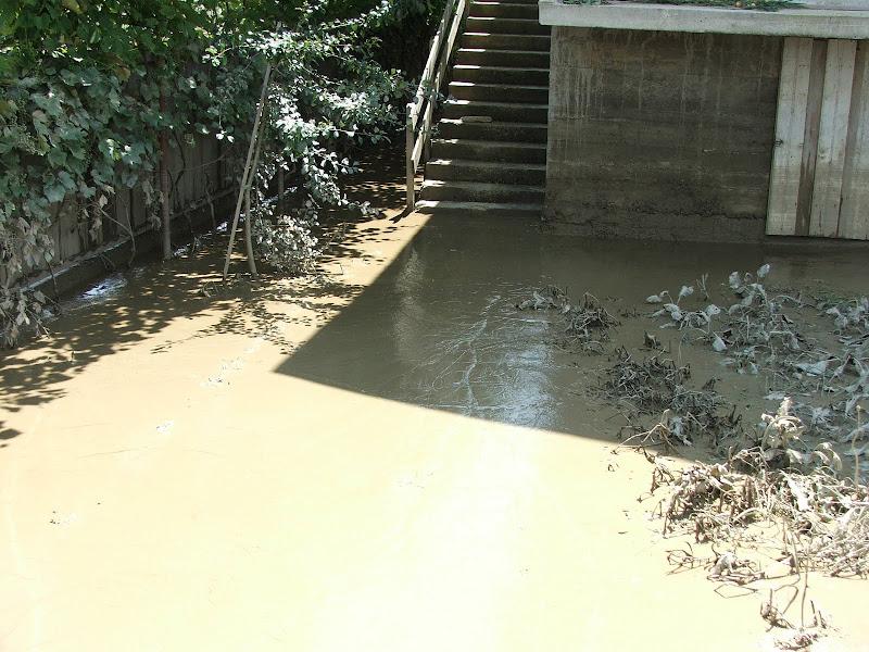 Foarte mult mal dupa inundatii in Moldova