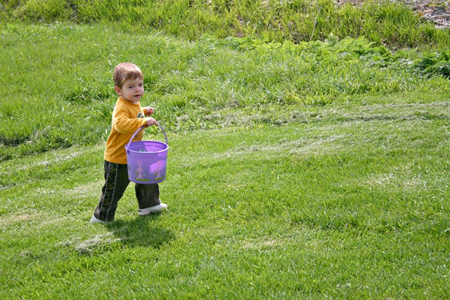 Wes Easter Egg Hunt