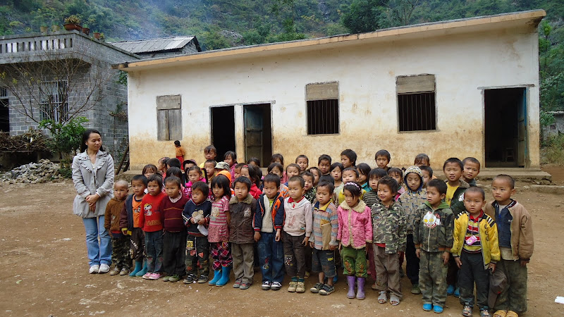 Liushan Kindergarten group picture