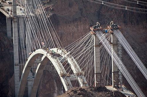 The-Hoover-Dam-Bypass-Bridge-2