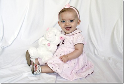 Elaine 6 month portraits