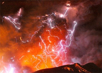 Japan volcano kirishima lightning