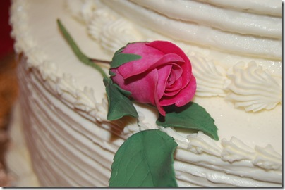 the cake sugarpaste rose 3