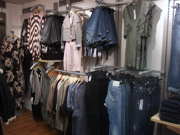 Jeans och lite smått o gott...