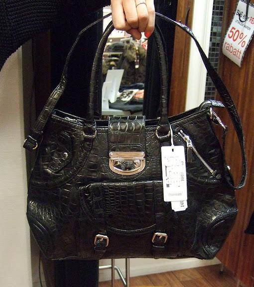 Charmant väska 549 kr