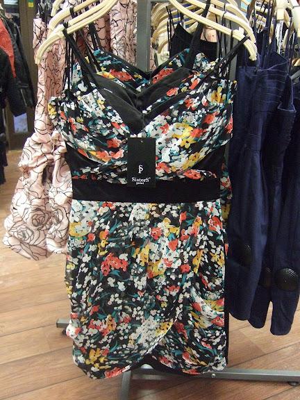 Sisters Point klänning 399 kr