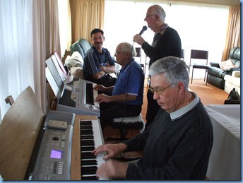 Skip Eade on the Korg is accompanied by JIm Nicholson on the piano and Peter Jackson doing the vocals