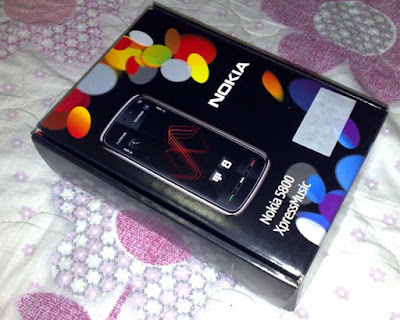 [Mobile]Nokia 5800 XpressMusic入手!不過不是我的…