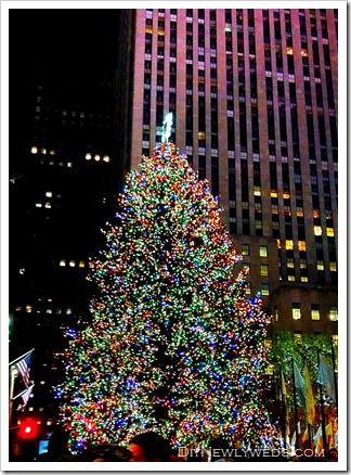 rockefeller_christmas_tree_2010