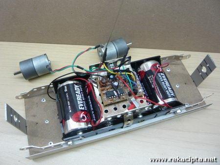 rekacipta.net - robot pengimban diri 12