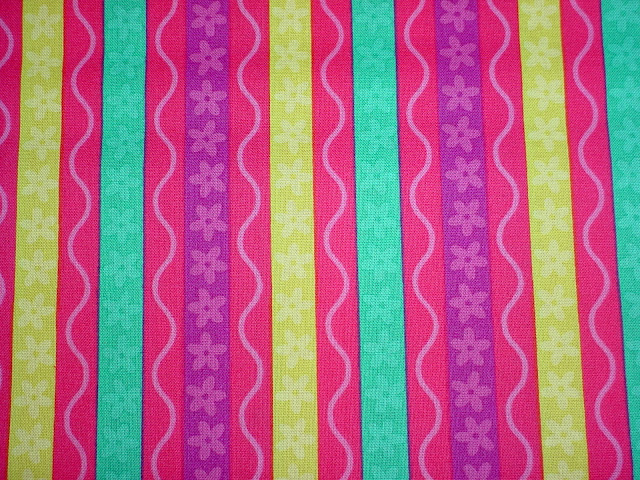 DC4409 Squiggle Stripe Pink