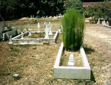 kuburan-300x225