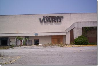 Carolina Circle Mall During Demolition 005