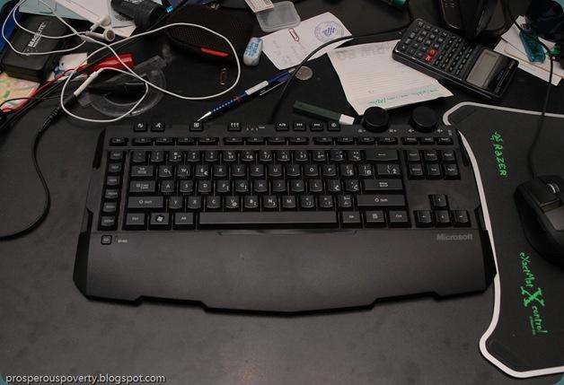 Microsoft_Sidewinder_x6_keyboard_1