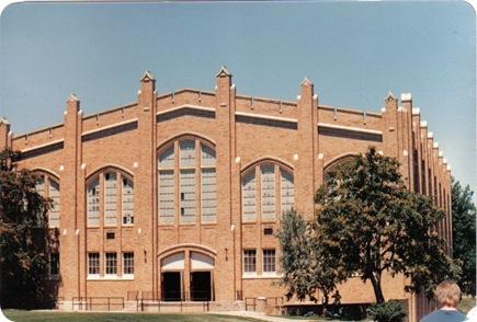 Gunter Hall 1987