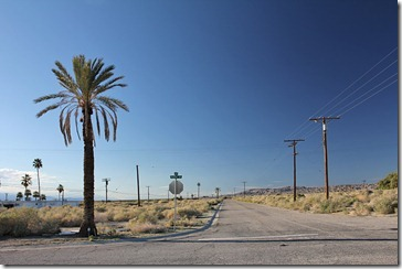 110221_salton_sea_northshore2