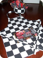 cars apron & hat_back