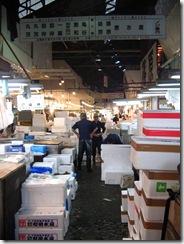 13Japan-FishMarket 010