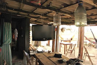 televison cabo polonio hostel uruguay