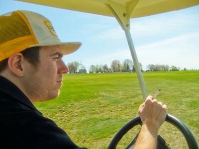 DSCF4335_driving_cart[1]