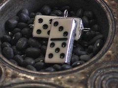 mini-dominoe-charms