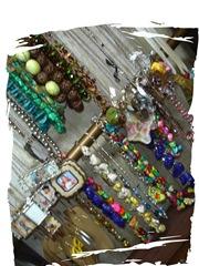 lots-o-necklaces